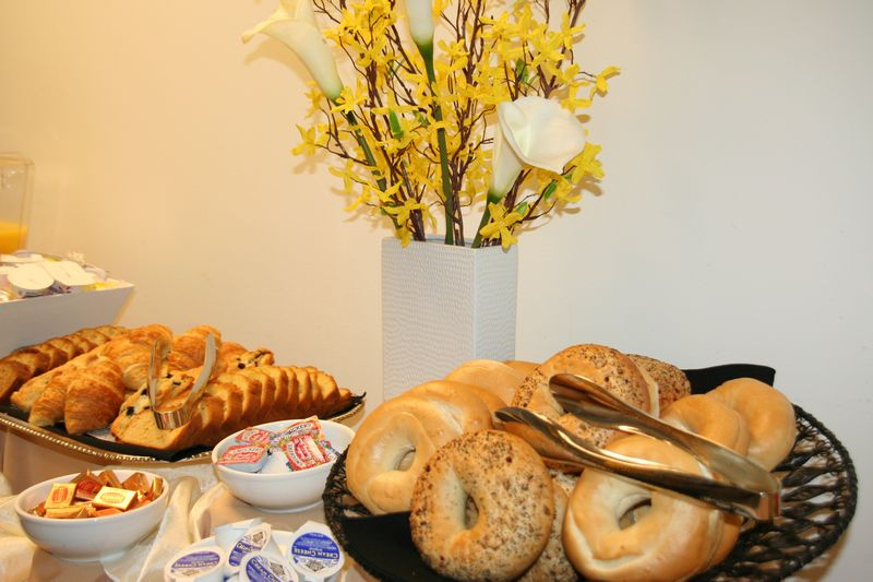 Corporate-Catering-Services-for-Lynnwood-Businesses