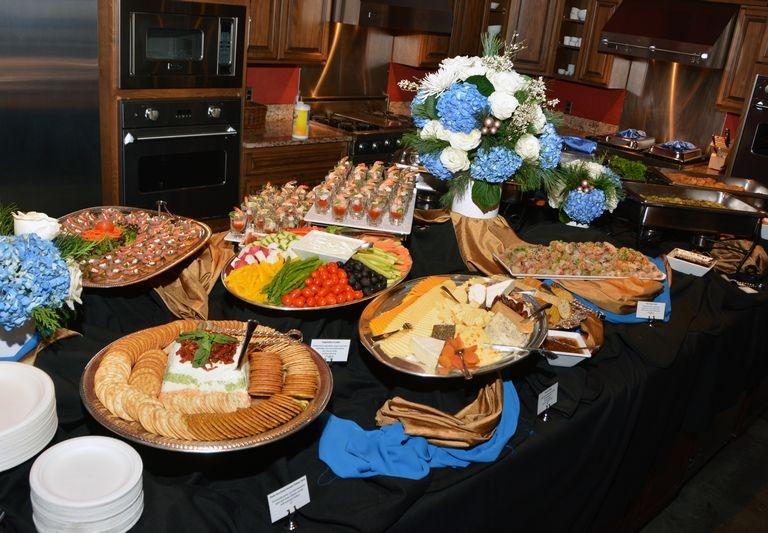 Holiday Buffet 3