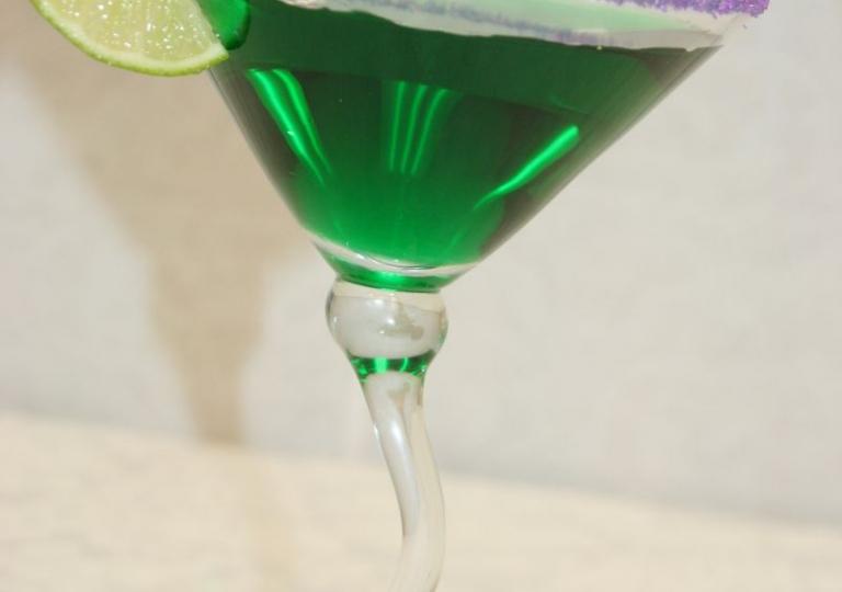 Green Apple Martini with Purple Sugar 006.JPG