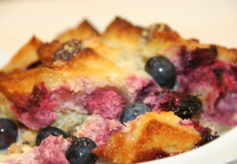 Mardo Gras Bread Pudding