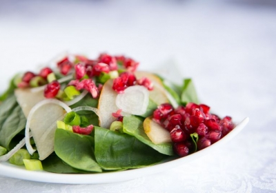 Pear and Pomegranate Spinach Salad