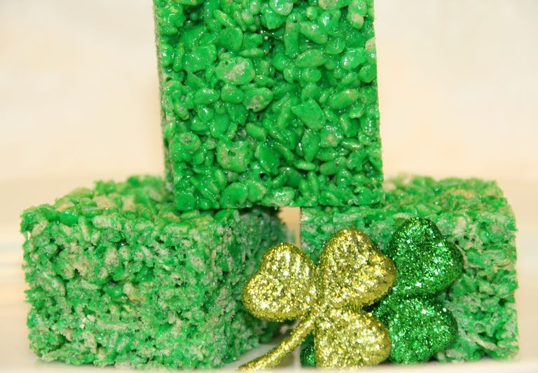 St. Patricks Day Rice Krispy Treats.JPG