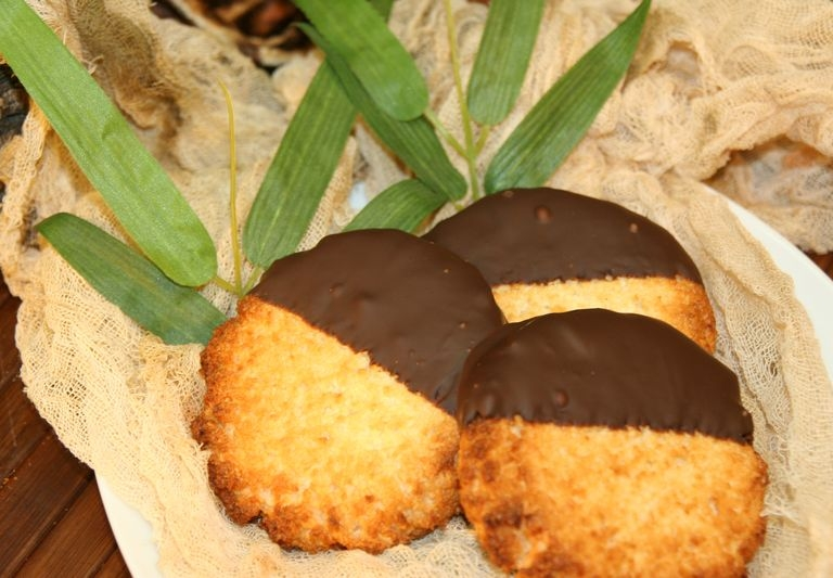 Reward Coconut Macaroon cookies